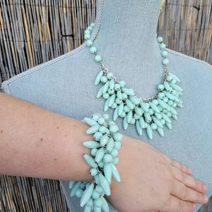 Statement necklace and bracelet set Sea green bead